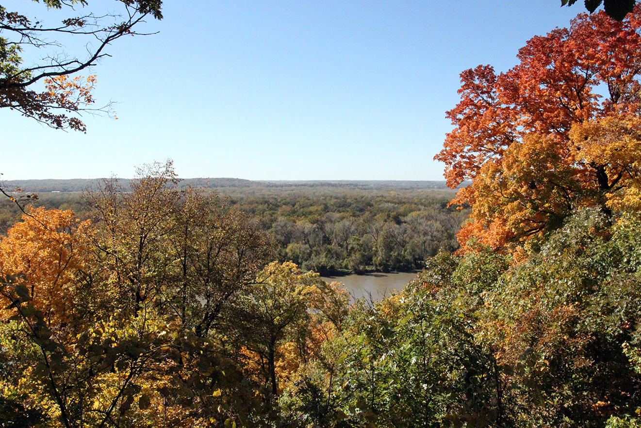 Missouri River Overlook at Weston Bend State Park