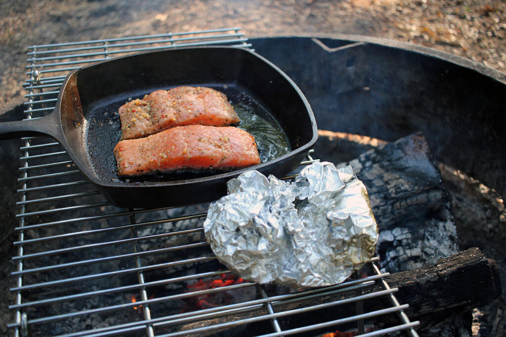 Grilling Salmon & Potatoes Over the Campfire at White Rock Mountain, Arkansas