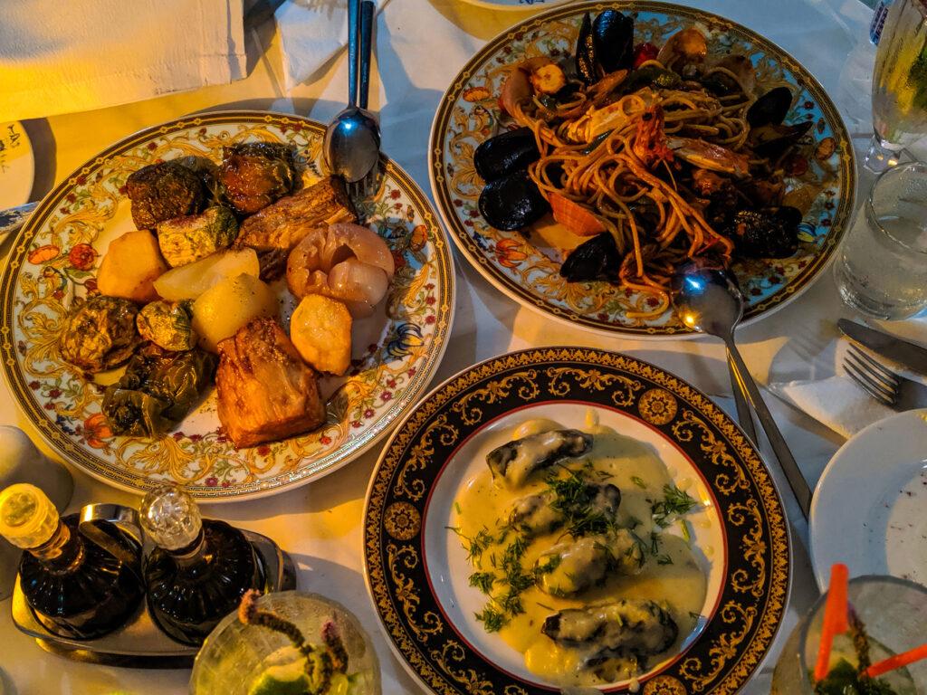 SCAM ALERT - Katrin Restaurant in Santorini
